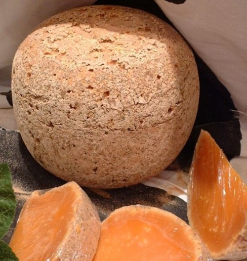 Mimolette e1300209786567 10 Bizarre Foods that Involve Eating Live Animals