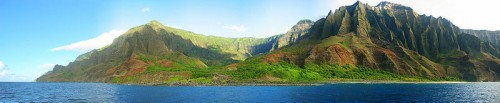 800px Real Kaui Panorama1 e1300525888949 10 Amazing Places You Should Visit Before You Die